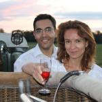 Apéritif après un vol en couple en montgolfière