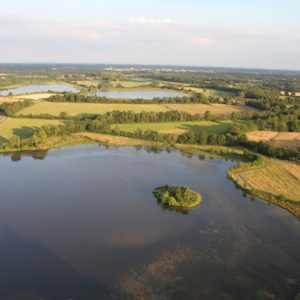Vue de la Dombes depuis la nacelle de la montgolfière